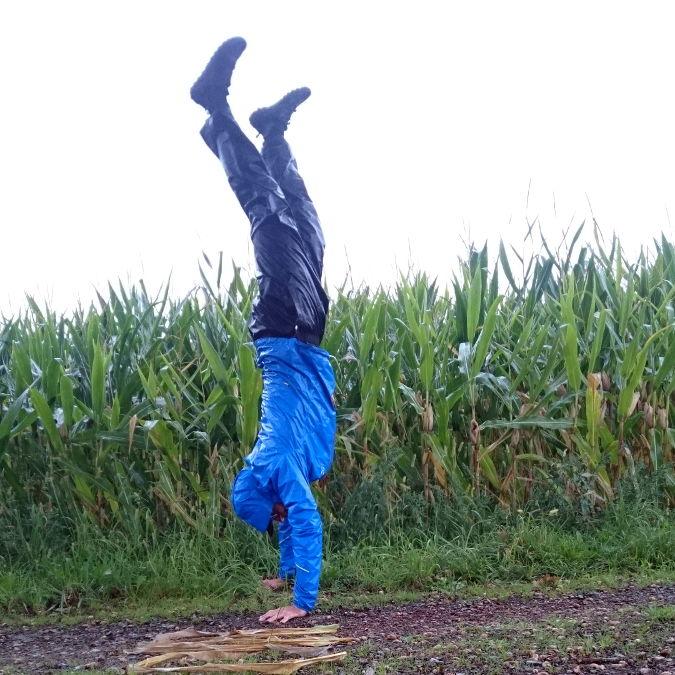 handstand_wanderveg